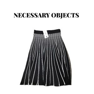 🆕 Necessary Objects Knit Skirt Size S